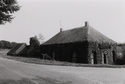 T-boerderij. Gebouwd in 18e eeuw. Verbouwing ca. 1950.