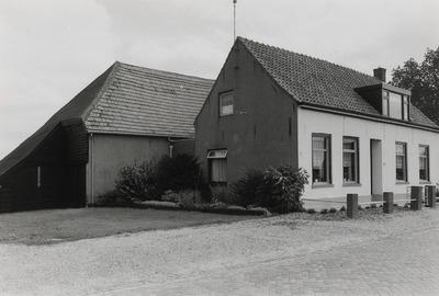 Boerderij. Gebouwd tussen 1800 en 1900.