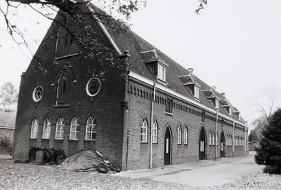 Onze Lieve Vrouwe van Koningsoord. Kaasboerderij. Gebouwd in 1933-1937. Architect: J. van Dijk.