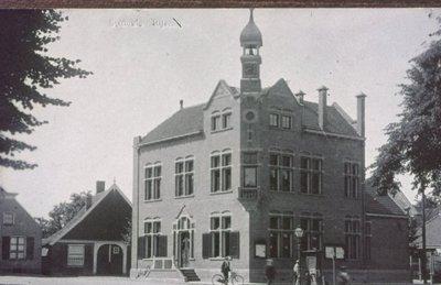 Gemeentehuis op het Schild