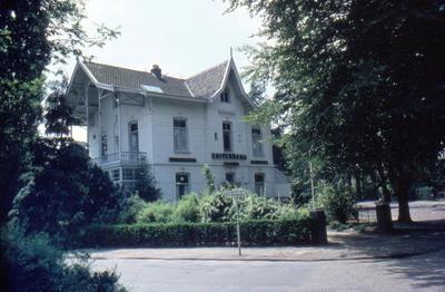 Villa 't Zonneke aan de Utrechtseweg 106, hoek Tesselschadelaan.