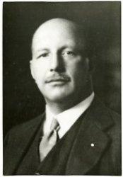 Mr. J.C. van Panthaleon baron van Eck, de nieuwbenoemde directeur van de B.P.M.