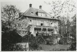 Carnegielaan 11, villa Tenrande, achterzijde met tuin