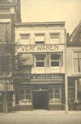 Spui 158, winkel in verfwaren van Verf- en Vernisfabriek W. Paulussen