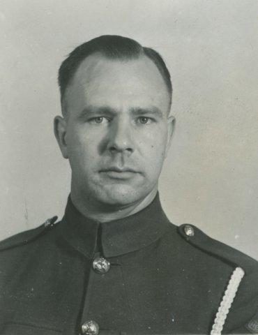 H. van Zwamen.Drager van het invasiekoord.