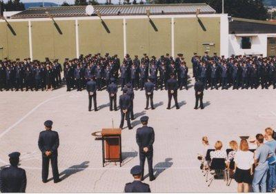 Mogelijk de uitreiking van de herinneringsmedaille aan personeel van de Groep Geleide Wapens voor inzet bij de Golfoorlog.