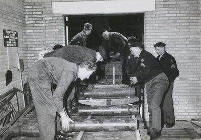 Transportbaan voor munitie.