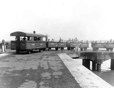 De St.Nicolaas - stoomtram van Marbrig 05-12-1947