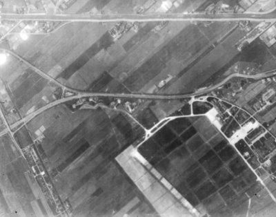 Luchtfoto van Ypenburg, 12 mei 1944. Tweede Wereldoorlog.