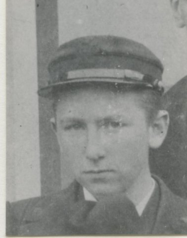 K.N. Kamm (1880-), aspirant-machinist.