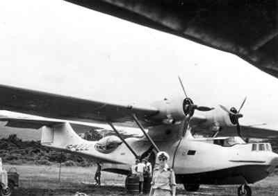 Interieur Consolidated PBY-5 Catalina maritieme patrouillevliegboot (1941-1957); 16-222 op de waterbasis te Biak Nederlands Nieuw-Guinea