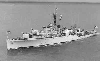 Het Britse anti-luchtdoel fregat HMS Mermaid (1944-1958) van de gewijzigde Black Swan-klasse. In 1959 overgedragen aan de Bundesmarine onder de naam FGS Scharnhorst           (F-213)(1959-1972)