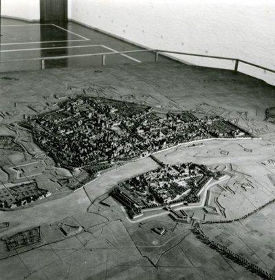 De zogeheten 'Parijse maquette' van de Vesting Maastricht, tentoongesteld in het Bonnefantenmuseum te Maastricht.