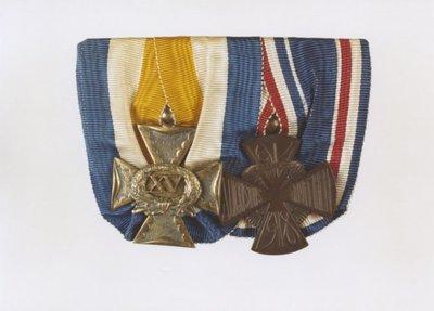 Medailles, Mobilisatiekruis 1914-1918 (rechts) en 15 jaar trouwe dienst