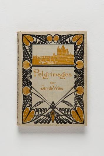 'Pelgrimages', door J. de Vries