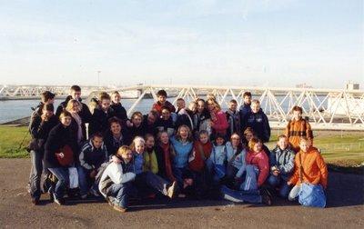 Sg. Spieringshoek heeft voor de VWO+ klassen 1A, 1B en 1C op 20 december 2004 een excursie georganiseerd naar de Waterkering in de Nieuwe Waterweg.