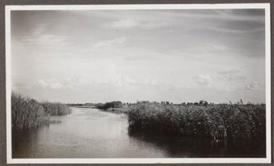 FA: Fotoalbum van een onbekende familie uit de Zaanstreek Foto,s van de Zaanstreek en daarbuiten rond 1930