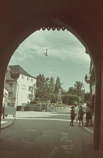 Liestal, Blick durchs Obertor (Törli) gegen Engel etc.