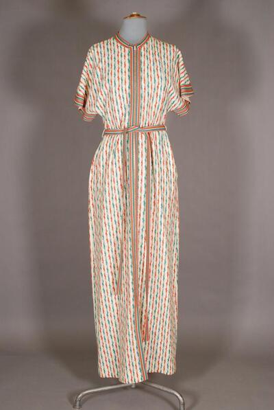 Längsgestreiftes Hauskleid mit angeschnittenen Ärmeln, für Damen