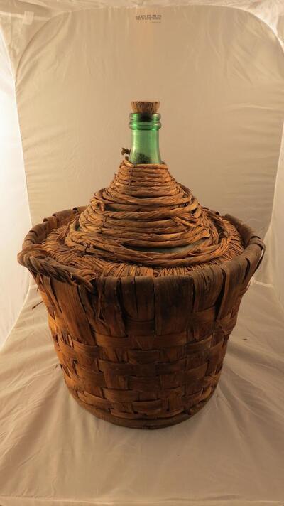 Korbflasche