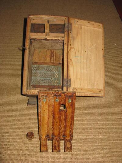 Zuchtkasten für Bienenköniginnen