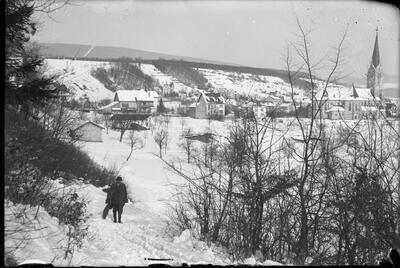 Laufen, Winterlandschaft Weststrasse, Richtung Rebe
