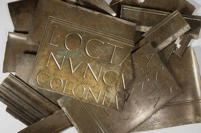 Bronzeinschrift