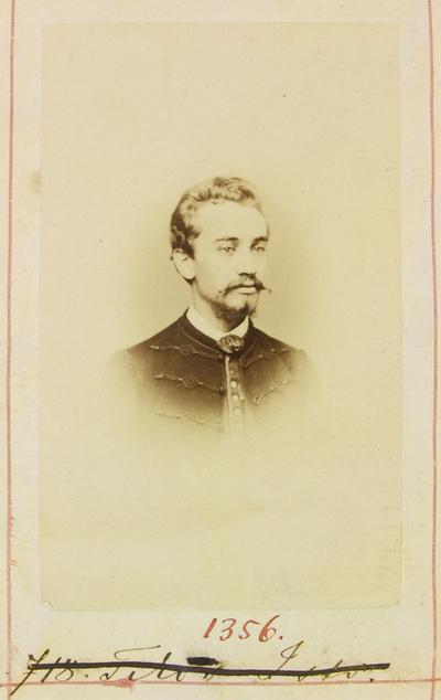 Tikos István