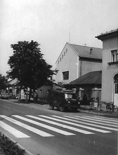 Sárospataki utca és Lakberendező üzlet