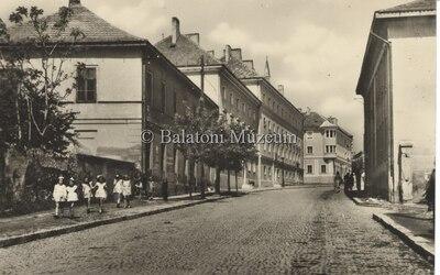 Várpalota Kossuth utca részlet