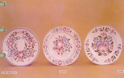 Kerámia /festett tányérok/