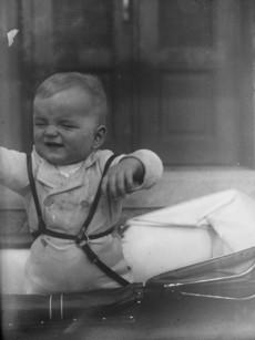 Gyermek babakocsiban