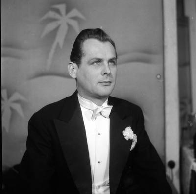 Siegfried Geyer - Gyertyafénykeringő