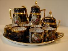 Porcelán téáskészlet