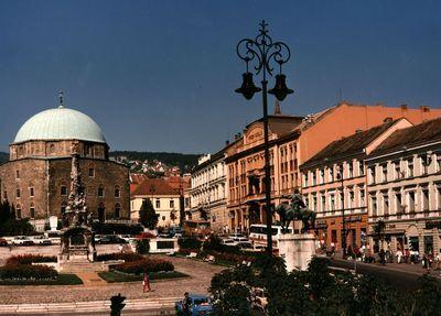 A pécsi Széchenyi tér
