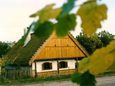 Magyarlukafai tájház romjai