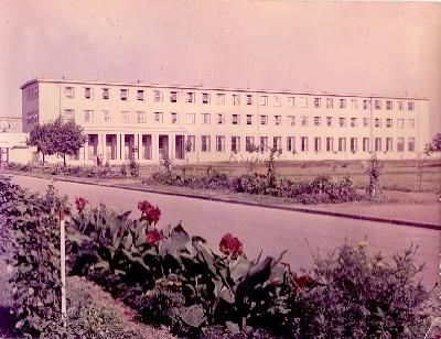 Tisza Cipőgyár irodaház