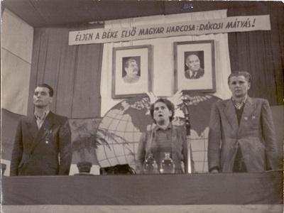 Mozgalmi gyűlés a Cikta régi ebédlőjében - szónokok