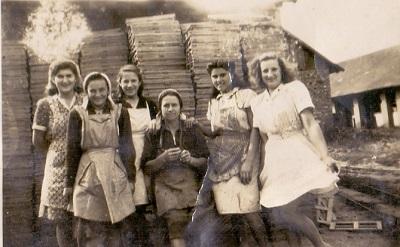 Cseréprakó asszonyok: cserepesek