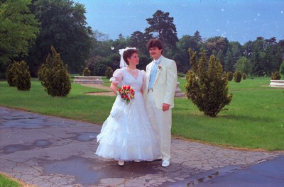 Esküvői fotók a Festetics kastély parkjában