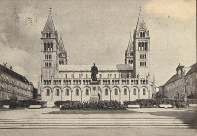 Pécsi székesegyház déli homlokzata