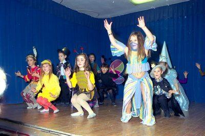 Farsangi műsorok a Szendrey iskolában
