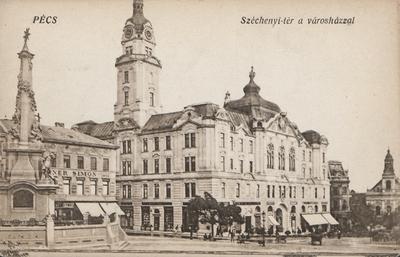 Széchenyi-tér a városházzal