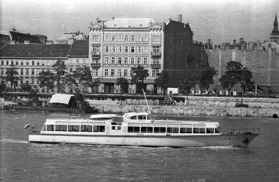 Duna szálló, a Duna-parti szállodasor