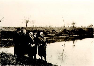 Válogatás a Takács István Kulturális Alapítvány fotógyűjteményéből 1