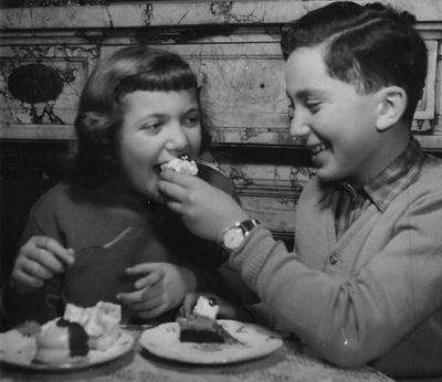 Különlegességi Cukrászda, Budapest, 1956