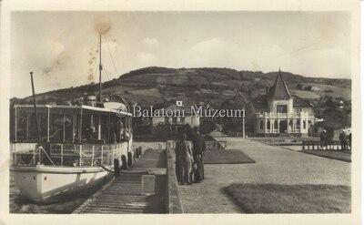 Révfülöp Kikötő