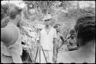 Jacques Dupont recording a Pygmy singer, Gandicolo (Middle Congo)