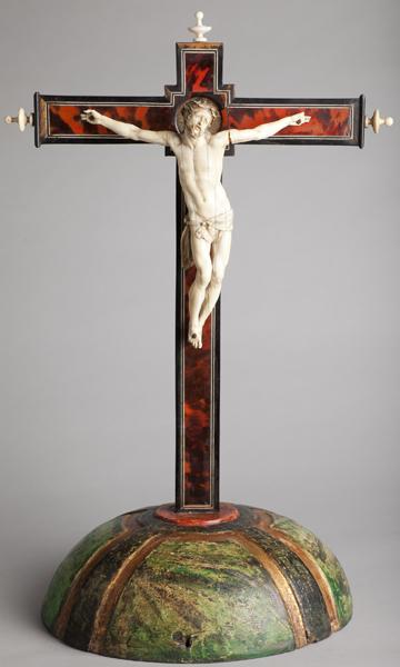 ref: PM_098543_E_Pastrana; Crucifijo de mesa