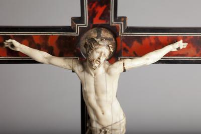 ref: PM_098544_E_Pastrana; Crucifijo de mesa, detalle